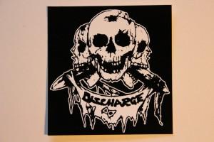 discharge-skulls-stick