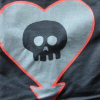 Alkaline Trio – Heart/Skull (T-Shirt)