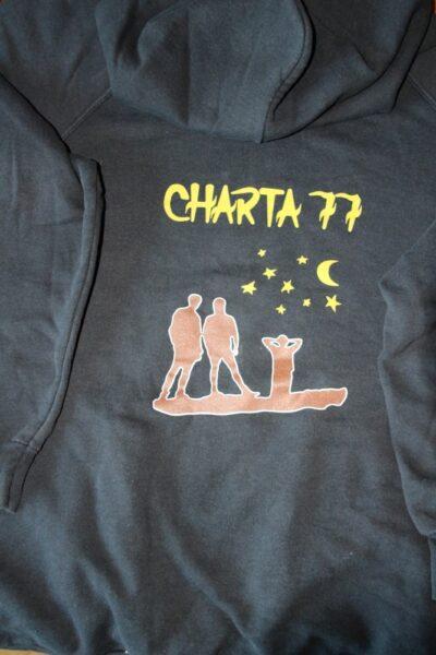 Charta 77 - Ung & Död (Vintage/Used Hood)