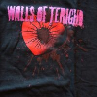 Walls Of Jericho – Heart (T-S)