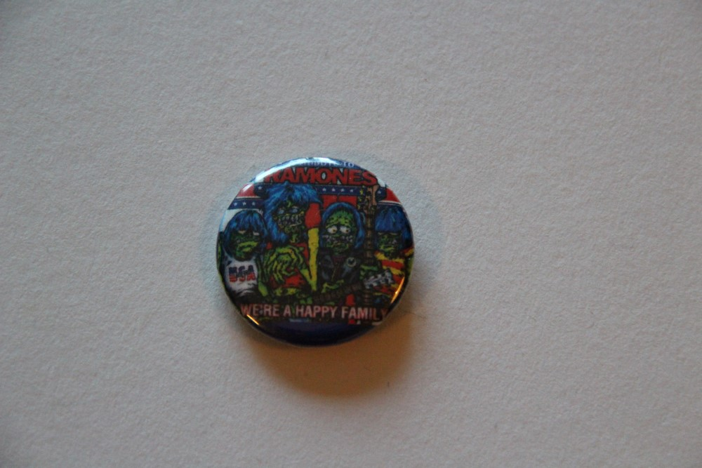 Ramones - Happy (Badges)