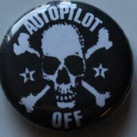 Autopilot Off – Skull/Logo (Badges)